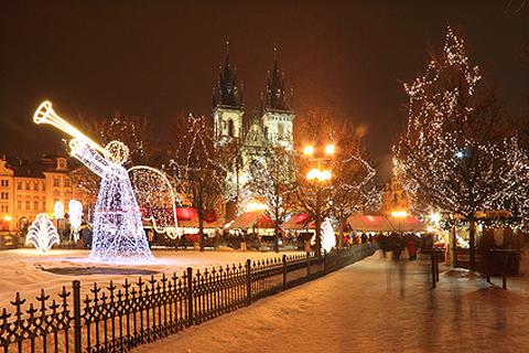 Новогодняя и сказочная Прага из Саратова!